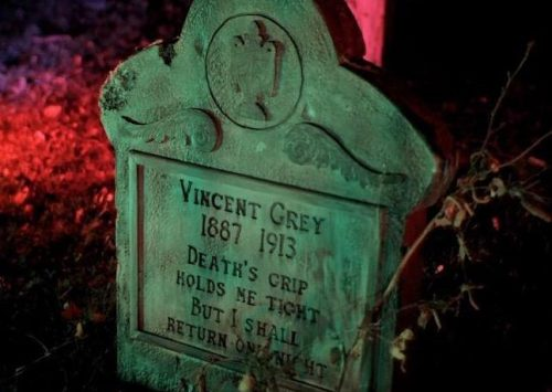Design and Craft Your Own Custom Tombstone